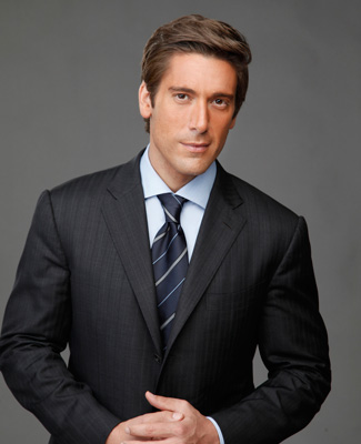 ABC David Muir Shirtless http://myhowbook.com/biography/david-muir.html