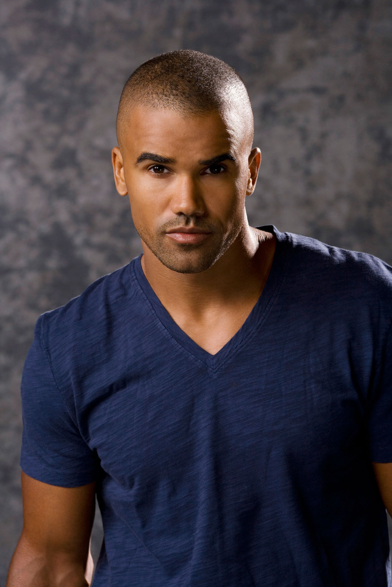 Shemar moore birthday mom father nationality siblings for Shemar moore tattoos