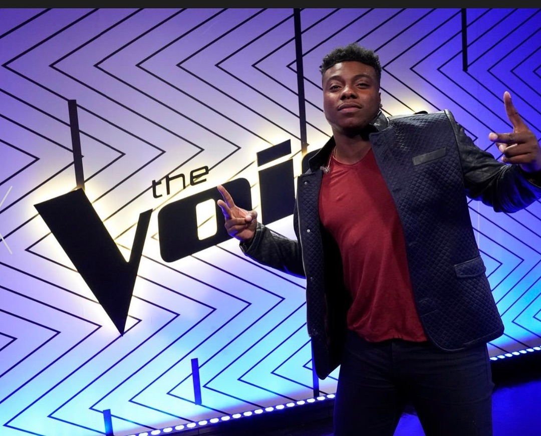 Kirk Jay on the set of The Voice