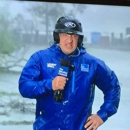 The Snippet of Jim Cantore reporting