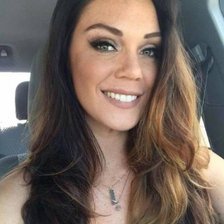 Alison Tyler looking gorgeous with her long and wave hair